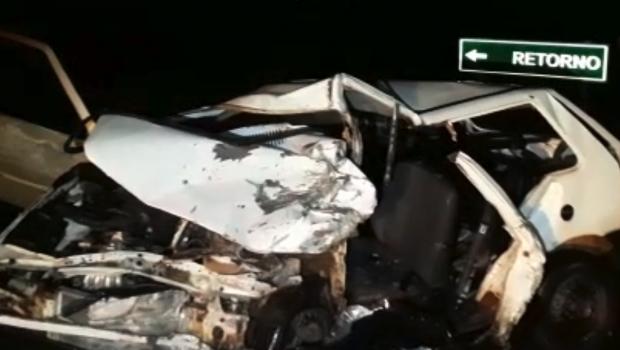 Cantor sertanejo morre em acidente na BR-060, em Posselândia