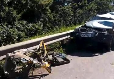 Engavetamento envolvendo cinco veículos deixa trânsito congestionado na BR-153, em Goiânia