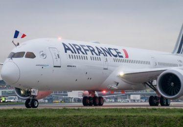 Greve da Air France cancela oito voos na rota Brasil-França