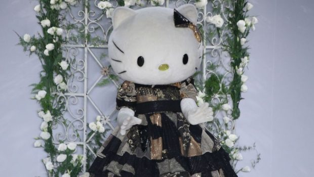 Hello Kitty é tema de coleção e desfila na passarela do SPFW