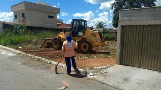 Proprietários de lotes baldios serão multados por serviços de manutenção realizados pela prefeitura