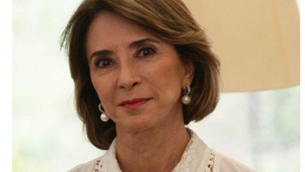 """Raquel Teixeira deixa Seduce para """"ficar disponível"""" aos projetos políticos de Perillo e Eliton"""