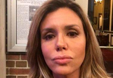 'Saí rolando da escada', diz Renata Banhara sobre agressões do ex