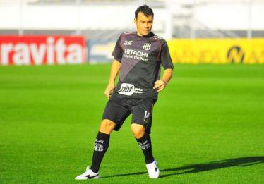 Sem jogar desde final de 2017, Renato Cajá acerta com Goiás