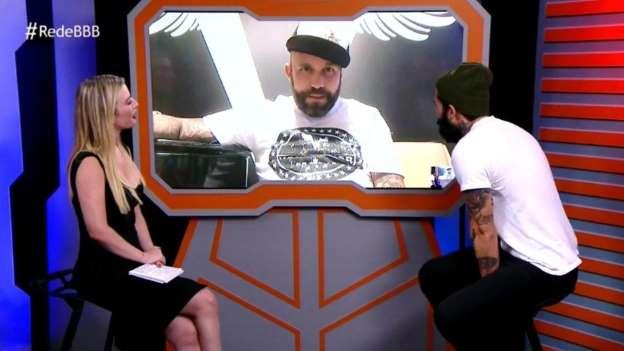Wagner e Caruso batem boca em entrevista ao vivo no site do BBB 18