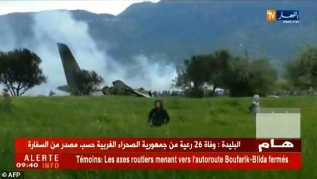 Avião militar cai na Argélia e deixa 257 mortos