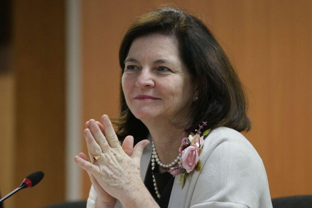 Raquel Dodge cria comitê para apurar crimes federais na greve dos caminhoneiros