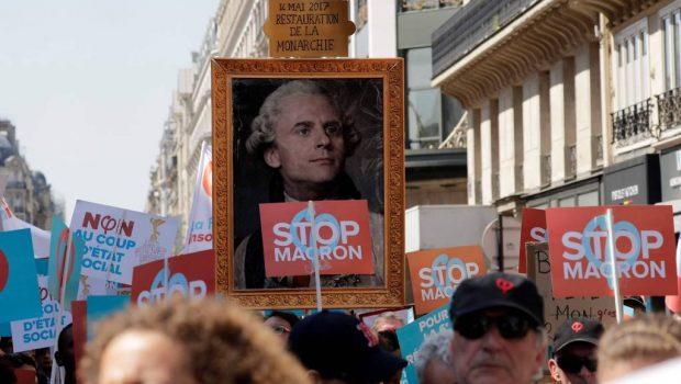 Milhares de pessoas protestam na França contra propostas de Macron