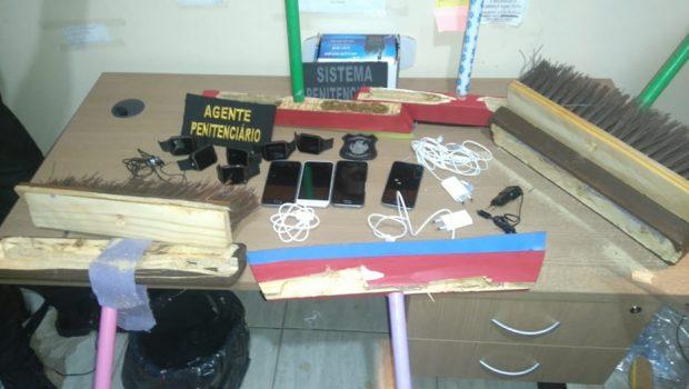 Em Formosa, advogado tenta entrar com celulares no presídio