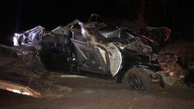 Capotamento na BR-060 deixa dois mortos e três gravemente feridos em Rio Verde