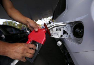 Reduções de preços nas refinarias ainda não tem impacto nas bombas, diz Sindiposto