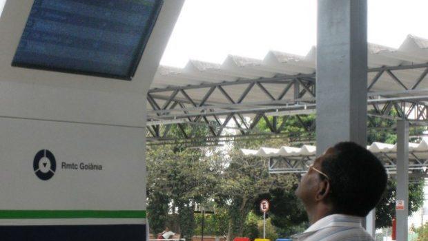 Projeto que propõe prazo máximo de espera de usuários no pontos de ônibus em Goiânia é aprovado