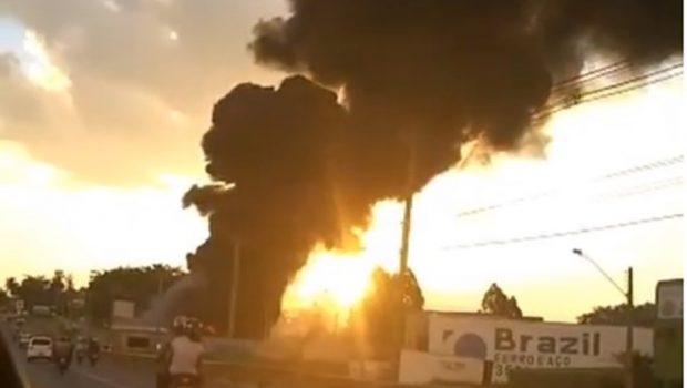 Incêndio atinge cooperativa de reciclagem na GO-060, em Goiânia