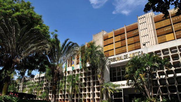 Investigado por assédios moral e sexual , médico do TJGO pede exoneração