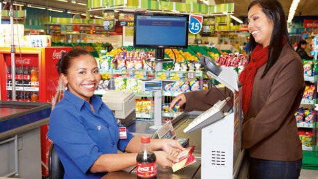 Rede de supermercados abre 90 vagas de emprego em Goiânia