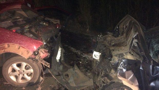 Acidente na GO-327 deixa uma pessoa morta e quatro feridas, em Niquelândia