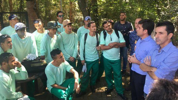 Detentos do semiaberto começam a realizar manutenção nas áreas verdes de Goiânia