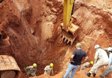 Dois trabalhadores morrem soterrados em obra da Saneago, em Goiânia