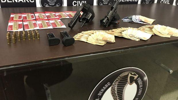 Dupla que comercializava armas e munições em Goiânia é presa