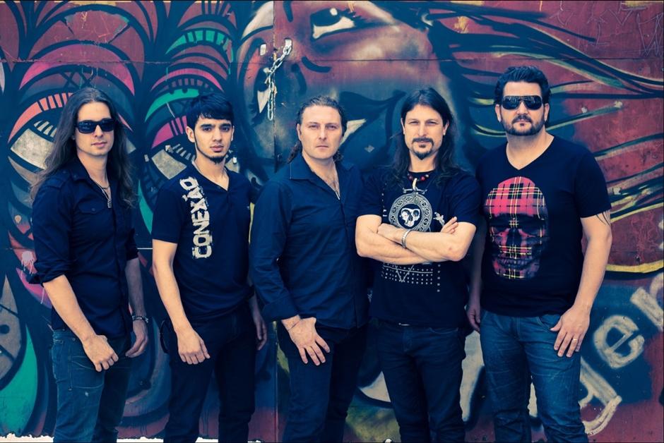 Angra faz show em Goiânia nesta quinta-feira (17)