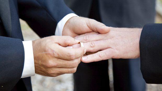 Em três anos, 19,5 mil casamentos homoafetivos foram registrados em cartórios no Brasil