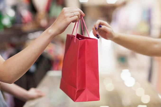 Pesquisa aponta variação de até 125% em preços de itens para o Dia da Mães