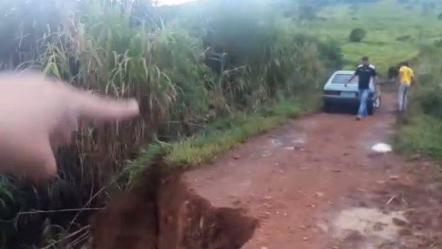 Chacareiros reivindicam reestruturação de estrada danificada pelas chuvas em Campo Limpo de Goiás