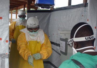 Nove países estão sob alto risco de transmissão de ebola, diz OMS
