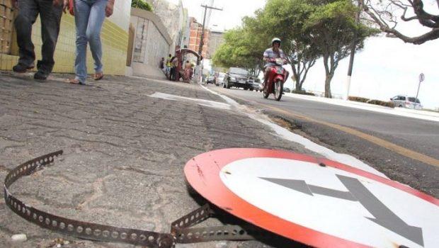 AMT de Rio Verde é condenada a pagar indenização a mulher que sofreu acidente por falta de sinalização