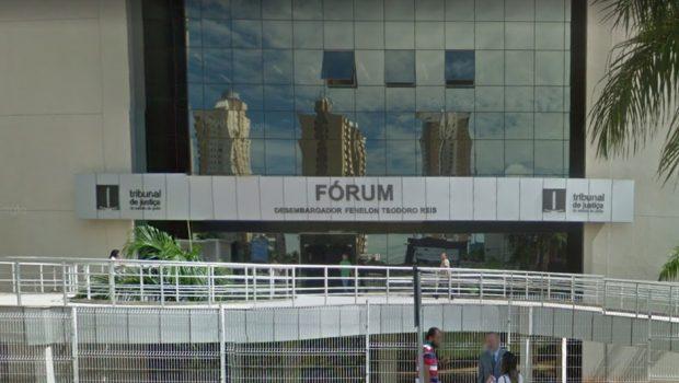 Em dia de jogo do Brasil, preso foge da cela do Fórum Criminal em Goiânia