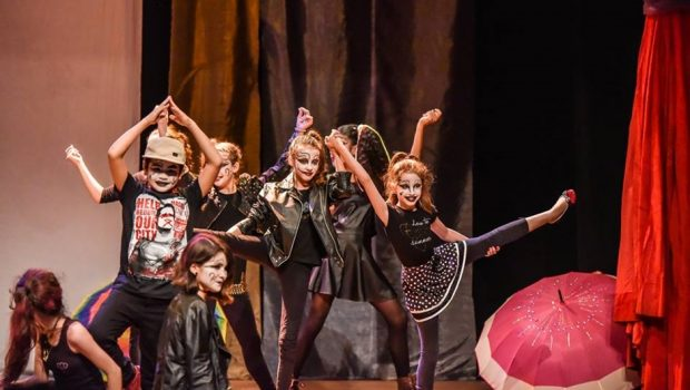 Teatro Goiânia recebe espetáculo infantil neste sábado