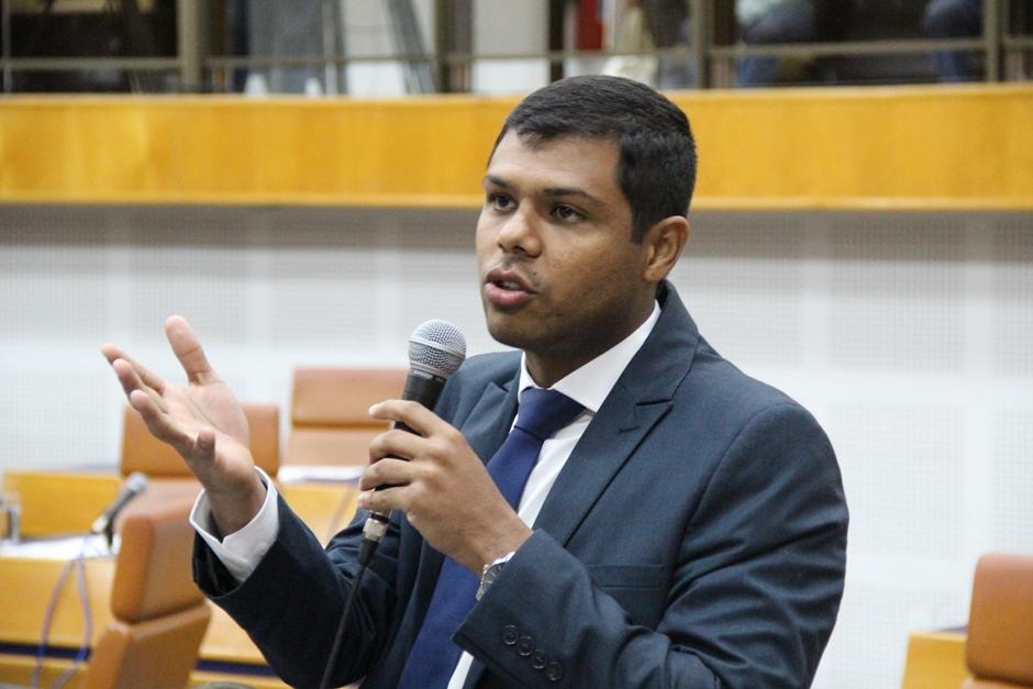 Vereador propõe investigação do contrato da prefeitura de Goiânia com a Saneago