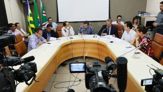 CEI da Saúde apresenta relatório final e indicia prefeito e secretária de Saúde de Goiânia