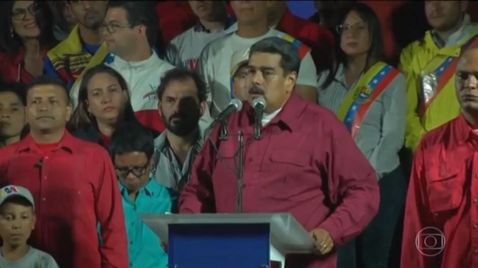 Maduro se reelege em votação contestada dentro e fora da Venezuela