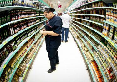 Anvisa defende sinal de alerta contra sódio e açúcar em rótulo de alimento
