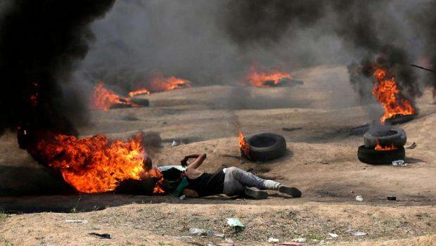 Protesto na faixa de Gaza termina em confronto e deixa 37 palestinos mortos