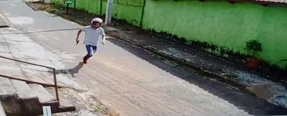 Homem morre e outro fica ferido após perseguição policial com acidente de trânsito, em Goiânia