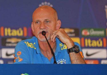 Copa com árbitro de vídeo poderá ter mais pênaltis, diz Taffarel