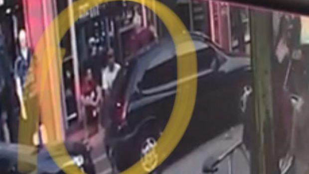 Imagens mostram dois homens sendo baleados na porta de camelódromo de Campinas; assista