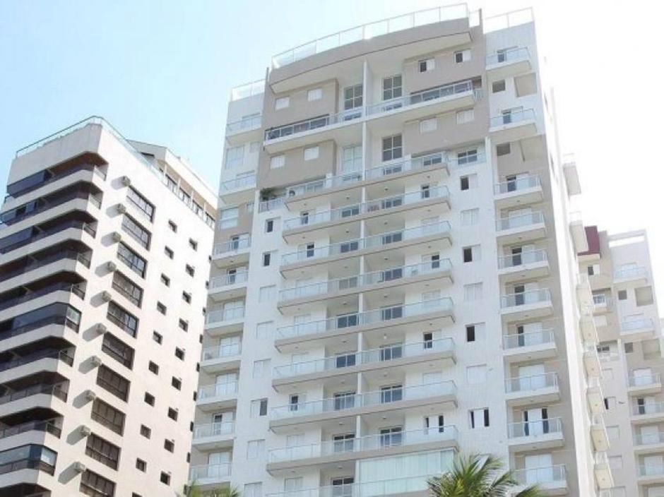 Tríplex atribuído a Lula é arrematado por R$ 2,2 milhões