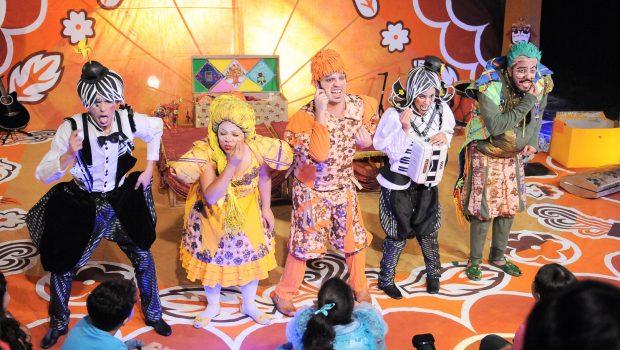 Cia de Teatro Sala 3 apresenta espetáculo 'Cora Coralinha' neste sábado (30)