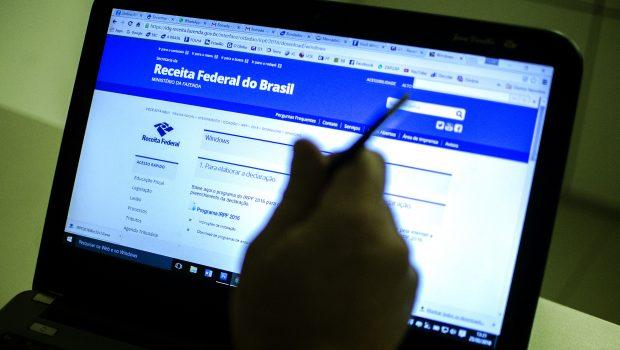 Receita libera amanhã consulta a primeiro lote de restituição de IR