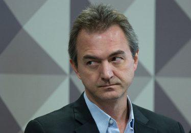 PF indicia ex-procurador, Joesley e mais três por corrupção no caso JBS
