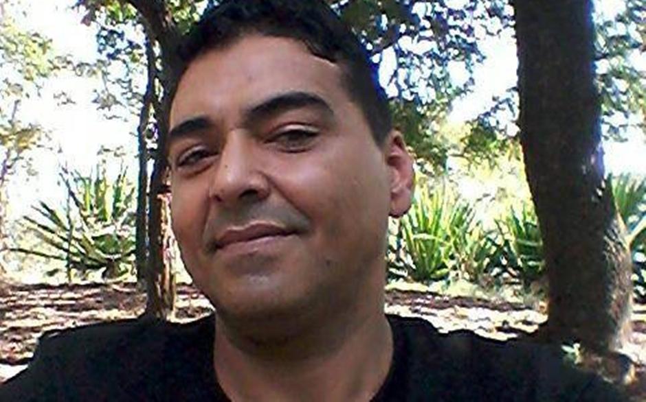 Policial Dennyo Edno Gonçalves dos Santos. Ele tinha 45 anos. Secretário promete resposta (Foto: Arquivo Pessoal)