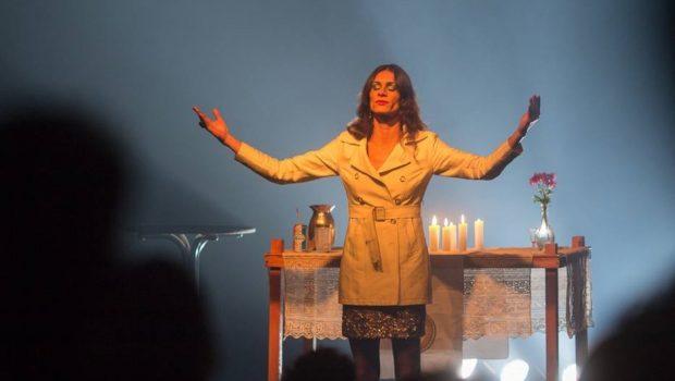 Peça que representa Jesus como mulher trans é cancelada em Pernambuco