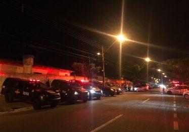 Policial militar é morto a tiros na porta de casa no Conjunto Riviera, em Goiânia