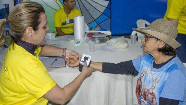 Mais de 1,4 mil pessoas recebem atendimento de saúde durante Romaria de Trindade