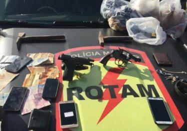 Rotam desarticula trio suspeito de roubo a cargas em Goianira