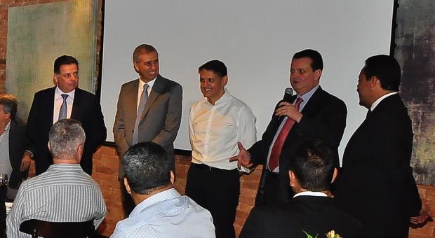 Gilberto Kassab sinaliza coligação entre PSD e PSDB em Goiás