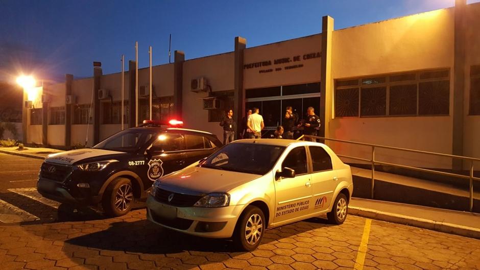 Prefeitura de Crixás é alvo de operação contra fraude em compras públicas